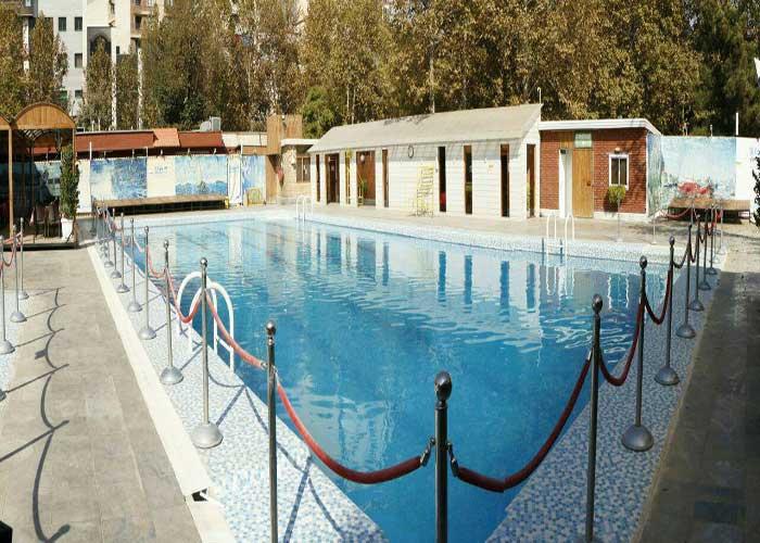 استخر هتل بلوط تهران