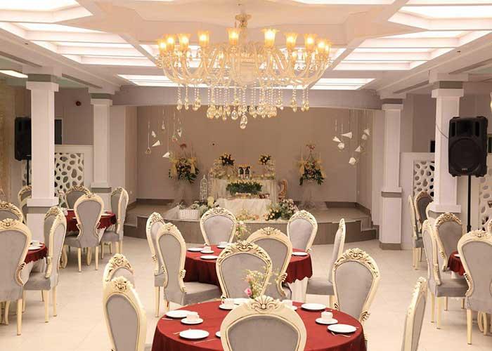 سالن مراسم هتل بلوط تهران
