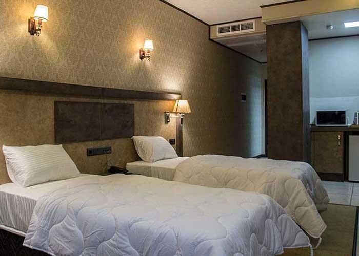 اتاق های هتل باران