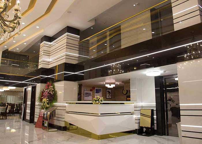 پذیرش هتل باران اصفهان
