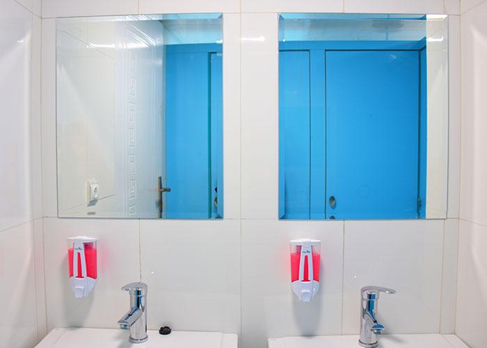 سرویس بهداشتی اتاق های اشتراکی