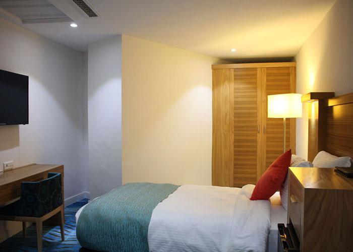 اتاق یک تخته بدون پنجره هتل بین المللی کیش