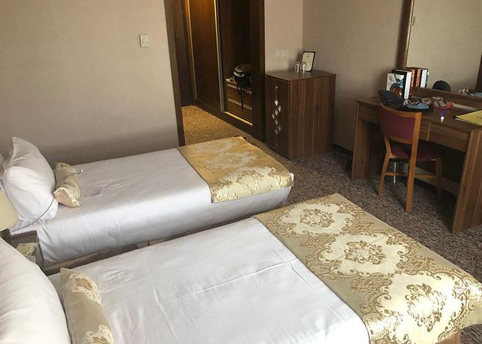 دو تخته توئین هتل بین الحرمین شیراز