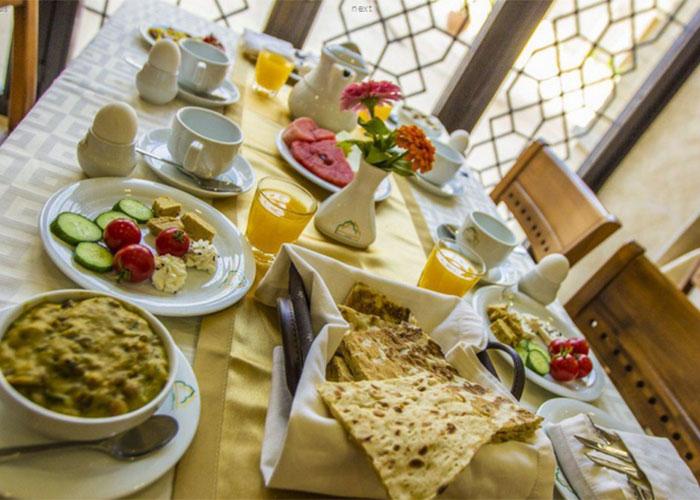 عکس رستوران هتل بین الحرمین شیراز