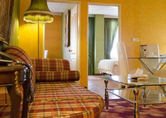 سینیور سوئیت هتل برج سفید