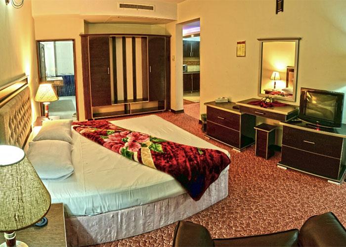 اتاق هتل بزرگ مراغه