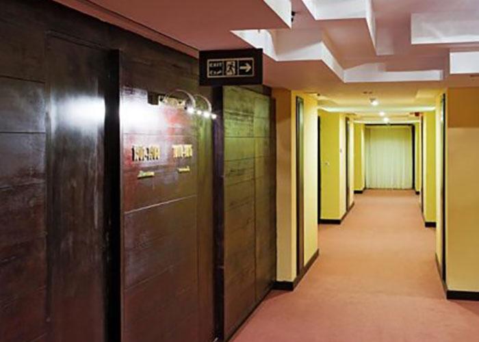 راهرو هتل چمران شیراز