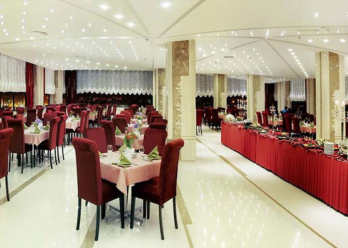 رستوران اورانوس هتل سینور مشهد