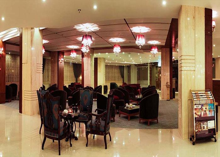 فضای لابی هتل سینور مشهد