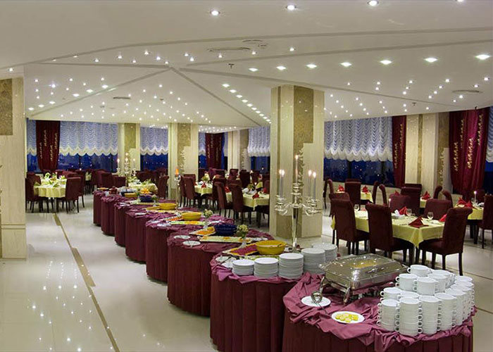 فضای رستوران اورانوس هتل سینور مشهد