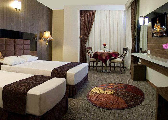 اتاق سه تخته هتل سینور مشهد
