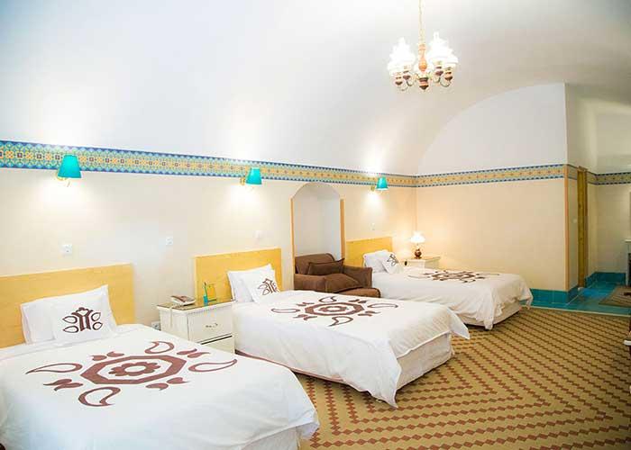 سه تخته هتل داد یزد