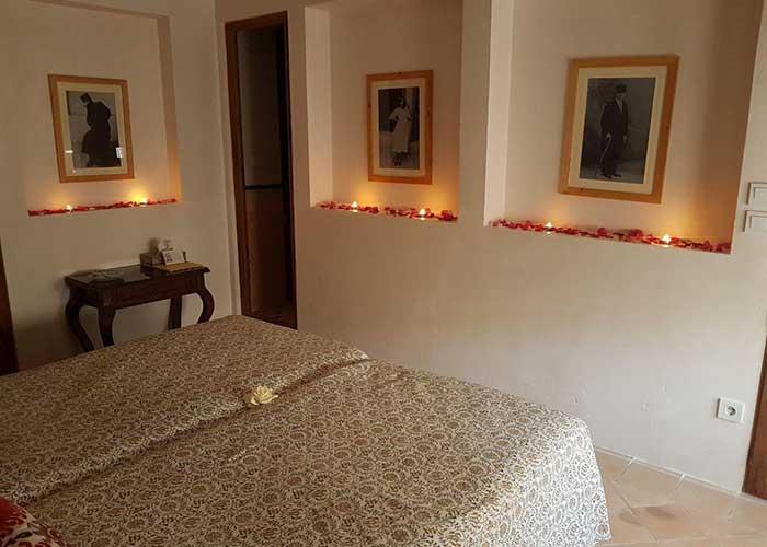 اتاق دو تخته اقامتگاه سنتی درب باغ کاشان