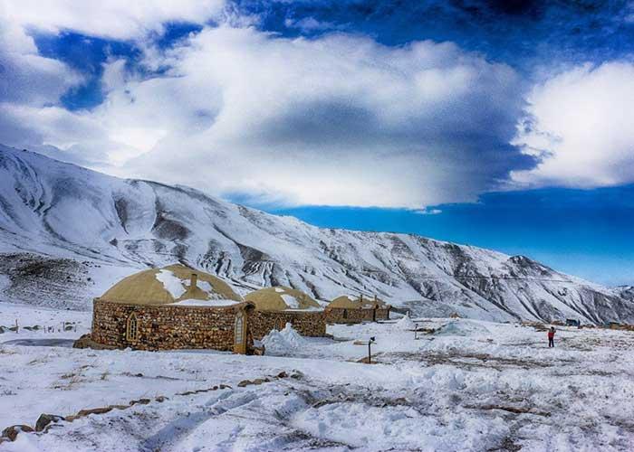 عکس کلبه های کوهستانی اقامتگاه بومگردی دورنا مشگین شهر