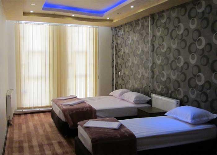 سه تخته هتل دورنا مشگین شهر