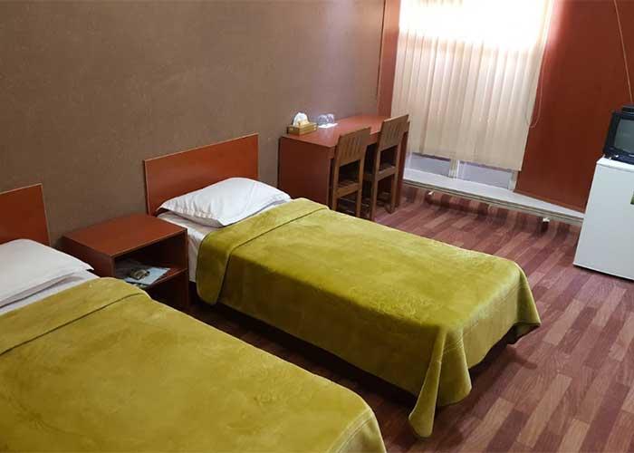 اتاق سه تخته هتل دورنا مشگین شهر