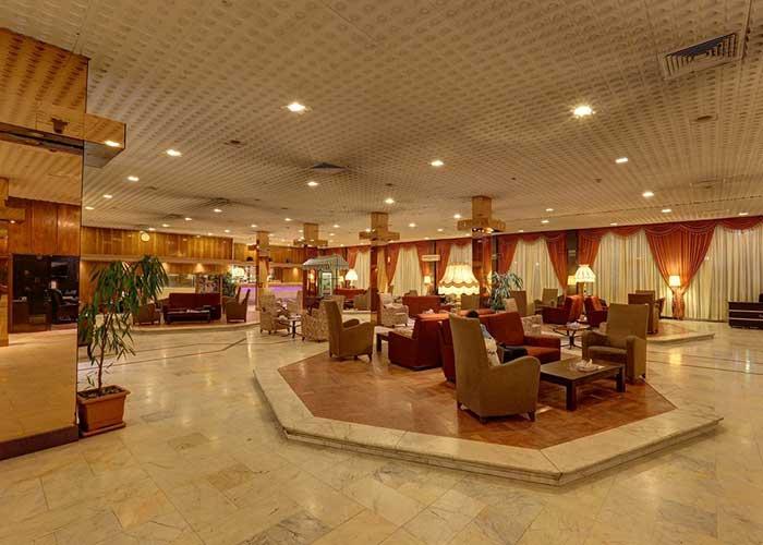 لابی هتل انقلاب تهران