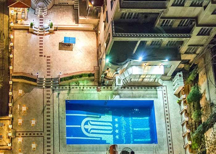 استخر هتل پارسیان انقلاب تهران