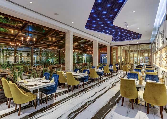 رستوران هتل انقلاب تهران