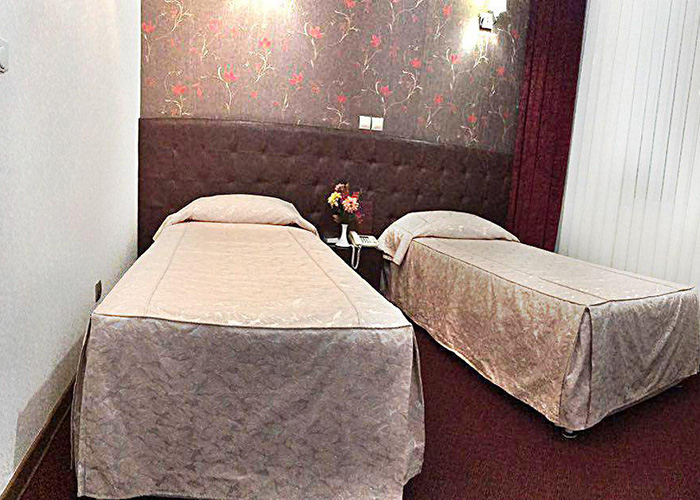 اتاق دو تخته توئین هتل ارم تهران