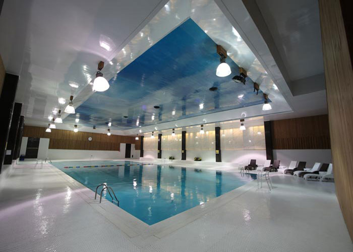 استخر هتل ارم تهران