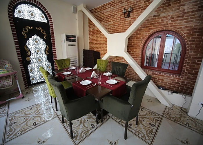 رستوران عربی زوفا هتل ارم تهران