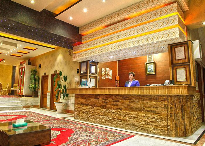 پذیرش هتل آپارتمان ارشاد سرعین
