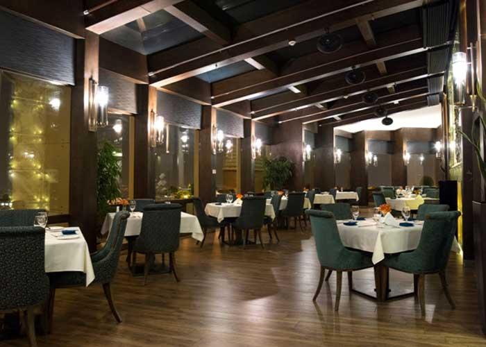 رستوران کنتینتنال هتل اسکان الوند تهران