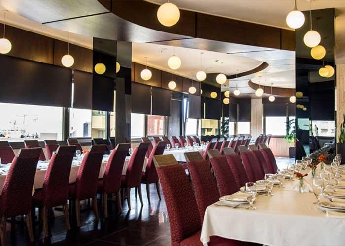 رستوران ایرانی شار هتل اسکان الوند تهران