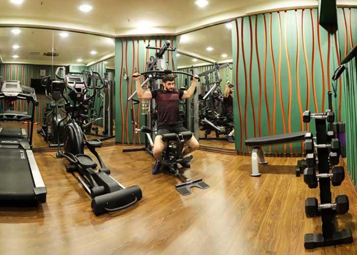 باشگاه بدنسازی هتل اسکان الوند تهران