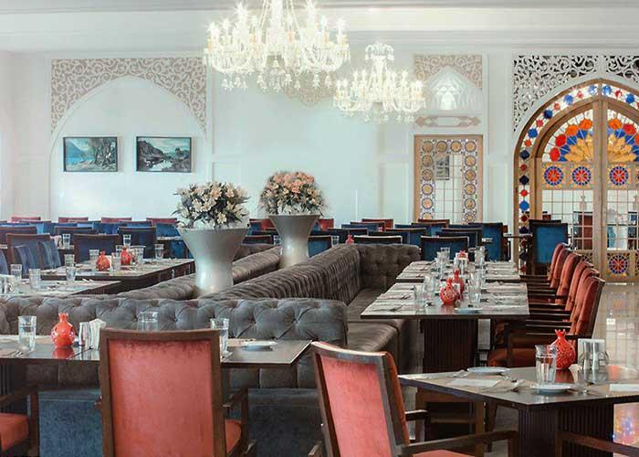 رستوران دیبا رستوران لاتون هتل اسپیناس پالاس تهران
