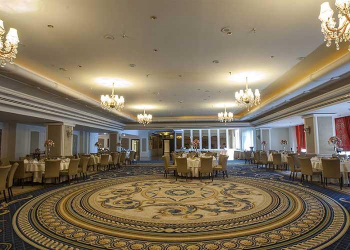 سالن مراسم هتل اسپیناس پالاس