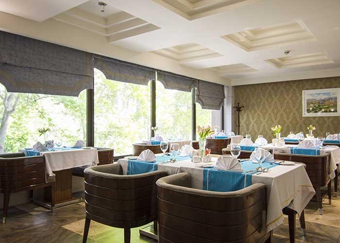 رستوران هتل اسپیناس