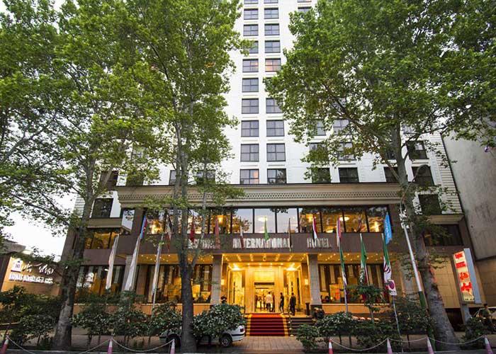 ساختمان هتل اسپیناس