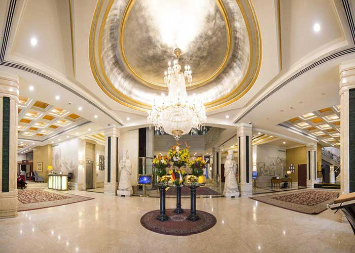 لابی هتل اسپیناس بلوار کشاورز