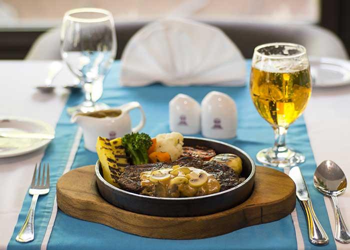 غذای هتل اسپناس