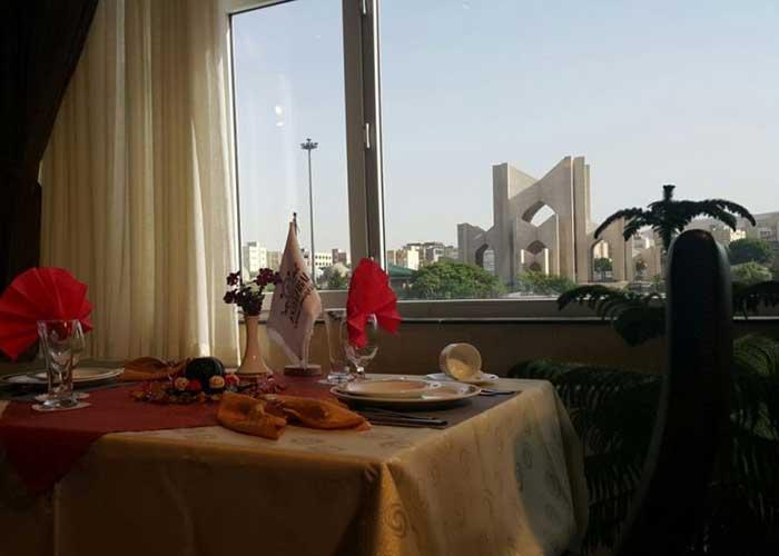 نمای رستوران هتل آپارتمان استقبال تبریز