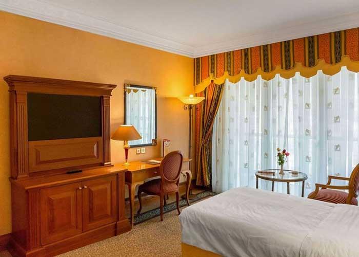 اتاق یک تخته هتل استقلال تهران