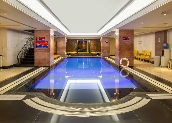 استخر هتل استقلال تهران