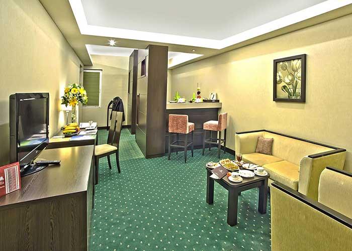 مبلمان سوئیت بزرگ هتل اوین تهران