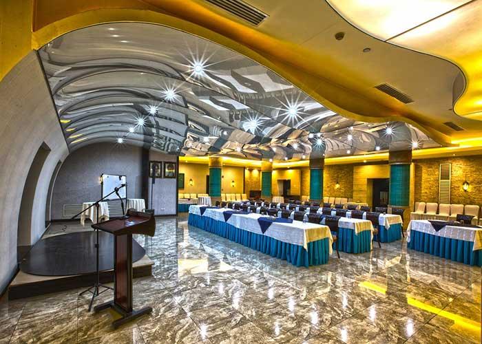 سالن کوه نور هتل اوین تهران