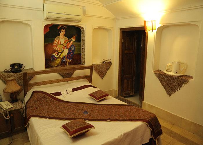 دو تخته هتل موزه فهادان یزد