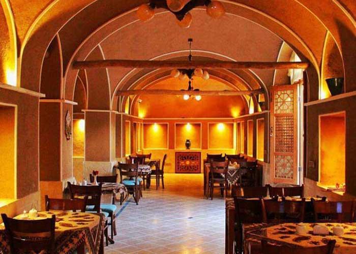 رستوران اقامتگاه سنتی فلاحتی