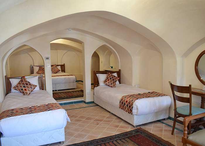 اتاق چهار تخته اقامتگاه سنتی فلاحتی