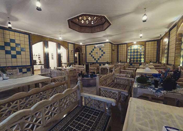 رستوران اقامتگاه سنتی فانوس ویونا کاشان