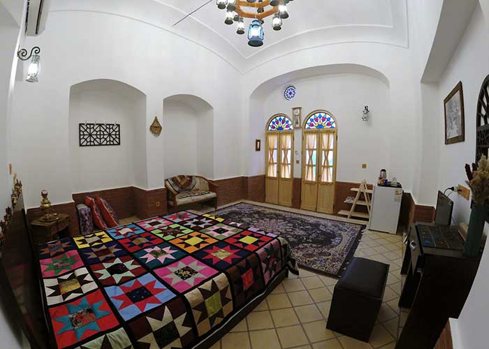 دو تخته vip اقامتگاه سنتی فانوس ویونا کاشان