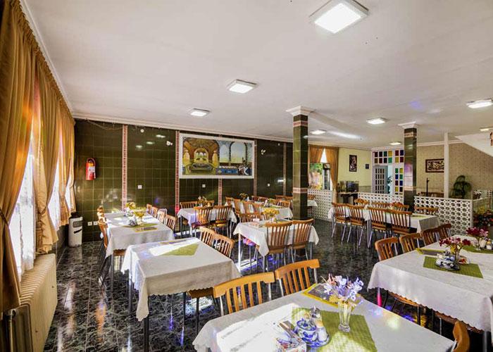 رستوران هتل فرهنگ یزد
