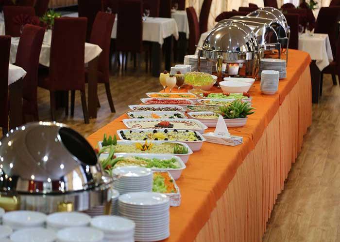 بوفه صبحانه هتل فرهنگ و هنر مشهد