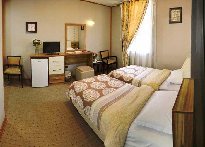 اتاق دو تخته توئین هتل فرهنگ و هنر مشهد