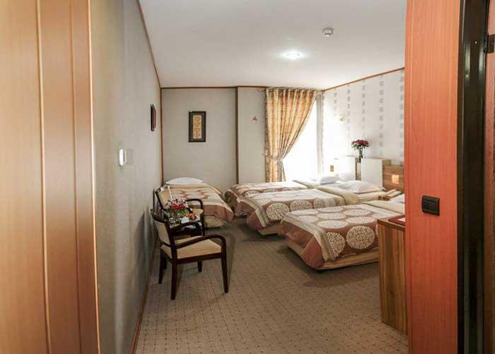 فضای اتاق هتل فرهنگ و هنر مشهد